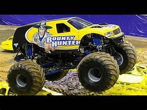 Bounty Hunter Monster Truck AMAZING 360' Flip - YouTube