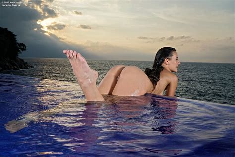 Lorena Garcia In Infinity Pool By In The Crack Photos Erotic Beauties