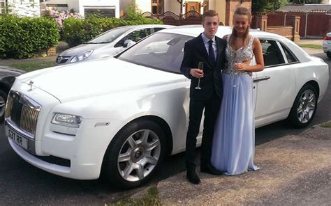prom car hire prom limo hire  herts limos