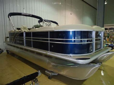 Used Pontoon Boats For Sale Waterford Mi by Starcraft New And Used Boats For Sale In Michigan
