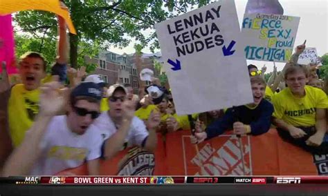 the 7 best college gameday signs from week 2 notre dame michigan for the win