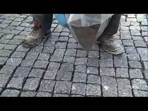 Pflastersteine Verfugen Mit Fugenmörtel : pflasterbelag im schl mmverfahren verfugen youtube ~ Michelbontemps.com Haus und Dekorationen