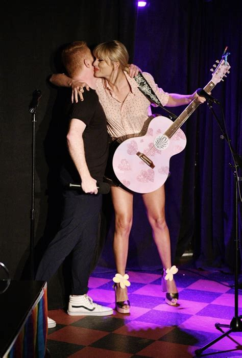 Taylor Swift Sexy Legs At Celebration In Nyc 24 Pics