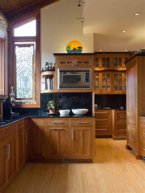 golden oak cabinets home design ideas pictures remodel