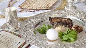 Checklist: Setting the Seder Table | My Jewish Learning