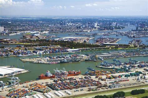 le port de rotterdam un reportage de rotterdam 224 canc 250 n image lelivrescolaire fr