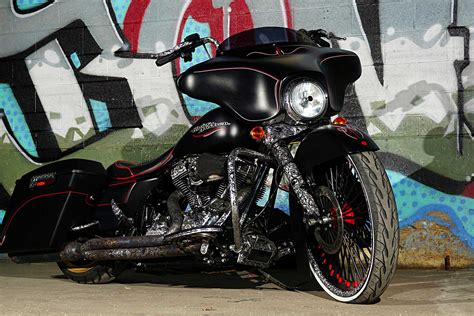 Harley Davidson Glide Image by 2012 Harley Davidson Glide It S A Family Thing
