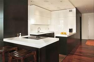 Corian Plan De Travail : plan de travail cuisine en blanc quartz ou corian ~ Mglfilm.com Idées de Décoration