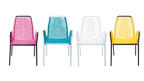 chaise de couleur en plastique mobiliers de jardin le du design extérieur