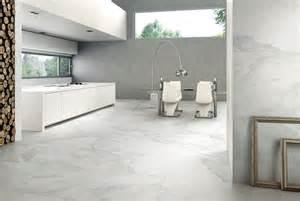 revgercom carrelage tendance pour salle de bain idee With tendance carrelage