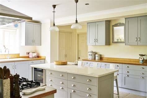 country style kitchens uk traditional kitchens sussex the brighton kitchen company 6232