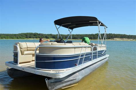 Small Boat For Rent by Boat Rentals Douglas Lake