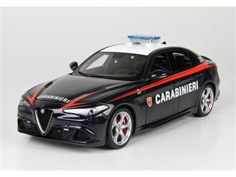Modellino Alfa Romeo Giulia Quadrifoglio Verde Carabinieri