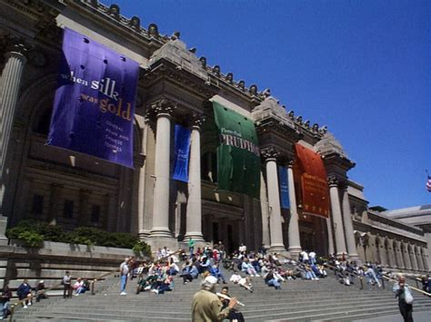 met museum of modern travel places and tours and travels hotels for traveling