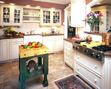 country kitchen cabinets pictures 17 best ideas about cottage decorating on 6007