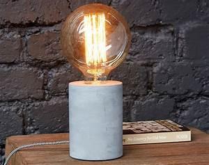 Lampe Ampoule Filament : lampe pied b ton ampoule filament r tro becquet ~ Teatrodelosmanantiales.com Idées de Décoration