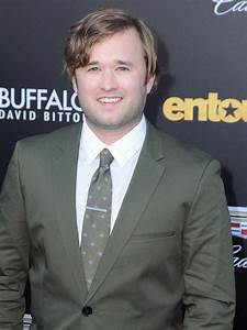 Haley Joel Osment : this is what sixth sense star haley joel osment looks like now and you won 39 t believe it ~ Medecine-chirurgie-esthetiques.com Avis de Voitures