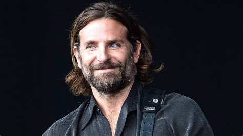 Bradley Cooper Wrote An Article About Friends With Benefits In 1  Cbs News 8  San Diego, Ca