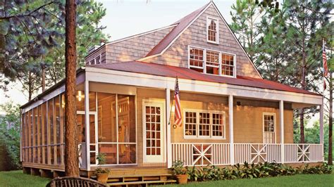 perfect size   retirement home southern house plans beach house plans lake