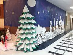 Luxurious Christmas Tree Decorating Ideas For School Decor Pin By Jill Peterson On School Pinterest