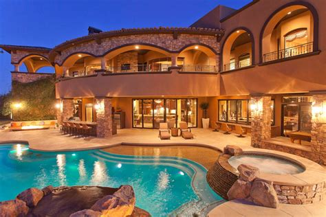 Top 10 Costliest And Most Luxurious Houses In The World