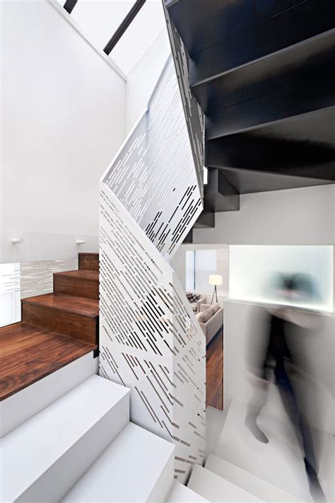 corrimano in legno per scale corrimano e ringhiere per scale dal design moderno