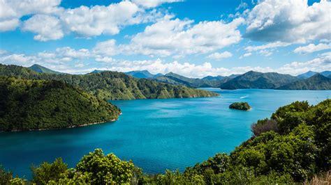 Sailing The Marlborough Sounds, NEW ZEALAND | Wandermelon