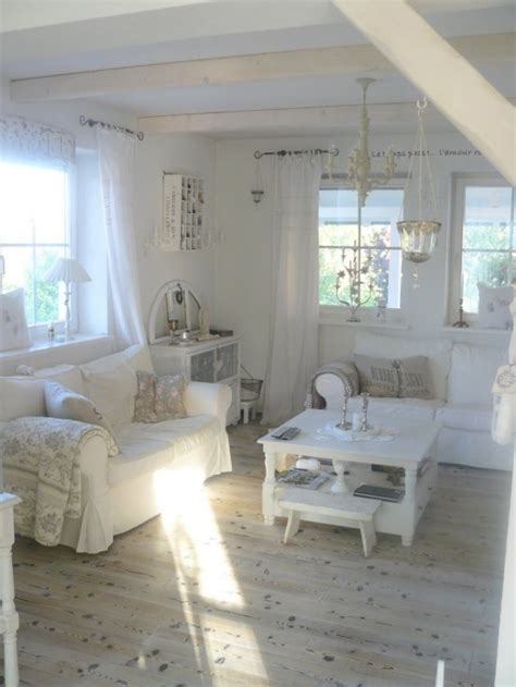 cottage chic living room simple no money tips for easily decorating shabby chic living room