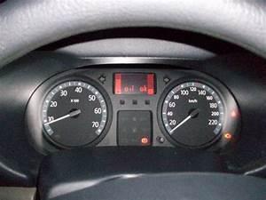 Voyant Clio 2 : clio voyant moteur reste allum en roulant help renault m canique lectronique forum ~ Medecine-chirurgie-esthetiques.com Avis de Voitures