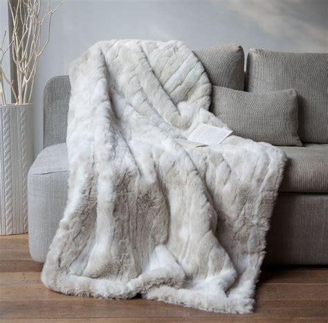 plaid canap blanc les 25 meilleures idées de la catégorie plaid pour canapé