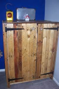 Wardrobe Made From Pallets