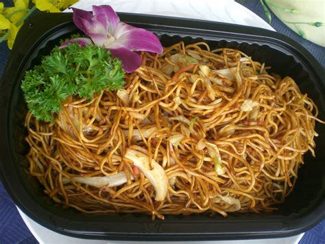 chow mein noodles chow mein chinese noodles recipe dishmaps