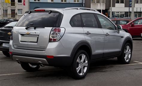 chevrolet captiva   auto images  specification