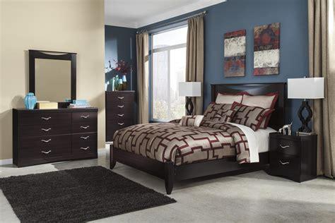 signature design  ashley zanbury queen bedroom group