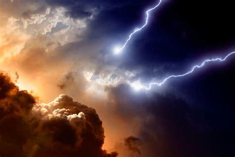 cloud apocalypse time  dust   slas cloud pro