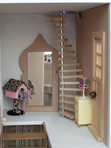 fabriquer une maison de barbie en bois