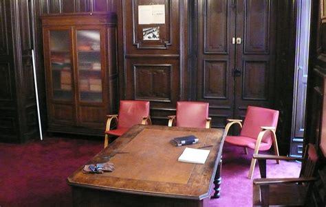 Le Bureau Historique D'edouard Herriot Condamné