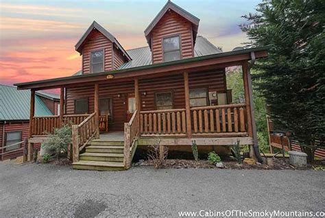 5 Bedroom Cabins In Gatlinburg by Pigeon Forge Cabin Bearadise 5 Bedroom Sleeps 14