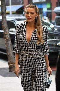Blake Lively Style and Fashion Inspirations - Arriving at Her Hotel in NYC 10/16/2017