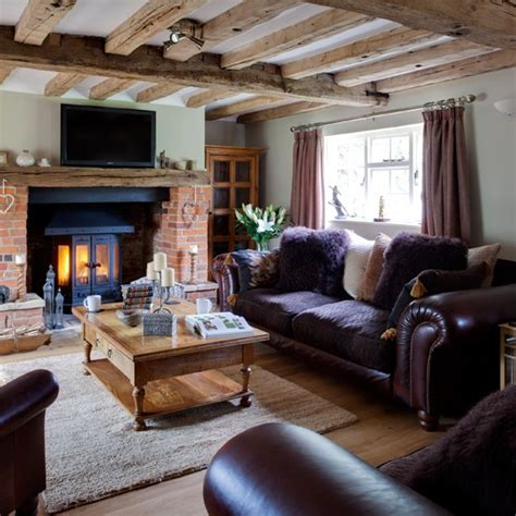 Purple And Wood Country Living Room Housetohomeco