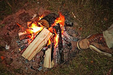Survival Skills Three Ways To Keep The Fire Going