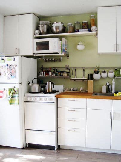 ways to organize a small kitchen smart ways to organize a small kitchen 10 clever tips 9606