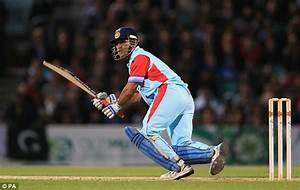 MS Dhoni and Mahela Jayawardene shine as Andrew Strauss's ...
