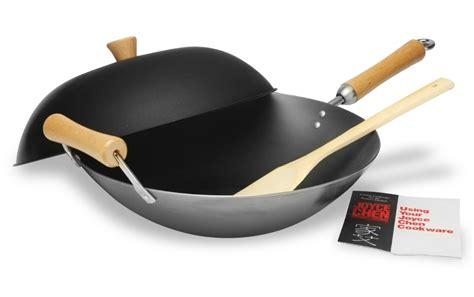 joyce chen carbon steel flat bottom wok set  cutlery