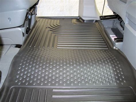floor mats chrysler town and country 2010 chrysler town and country floor mats husky liners