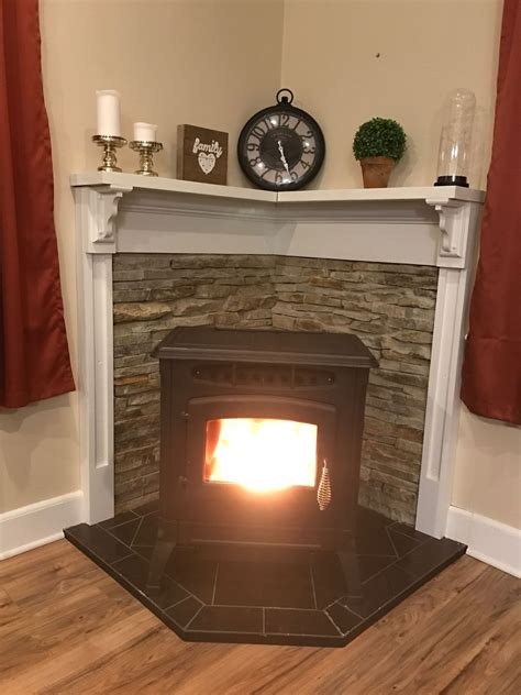 Kamin In Ecke by Pin By Cymantha On Fireplaces Corner Wood Stove Wood