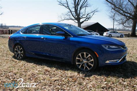 2015 Chrysler 200 Limited Review