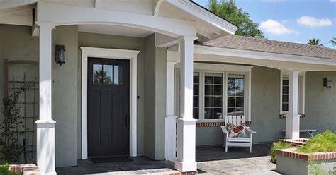 bump  front door porch pinterest ranch front