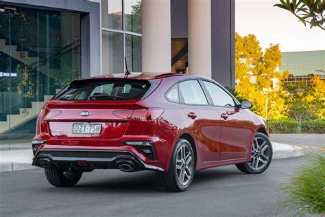 kia cerato  hatch review car review central