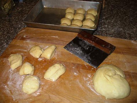 overnight yeast rolls overnight refrigerator yeast rolls recipe by lynne cookeatshare